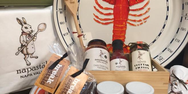 Napastak lobster plates